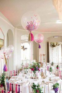 dekoracje stołów balonami