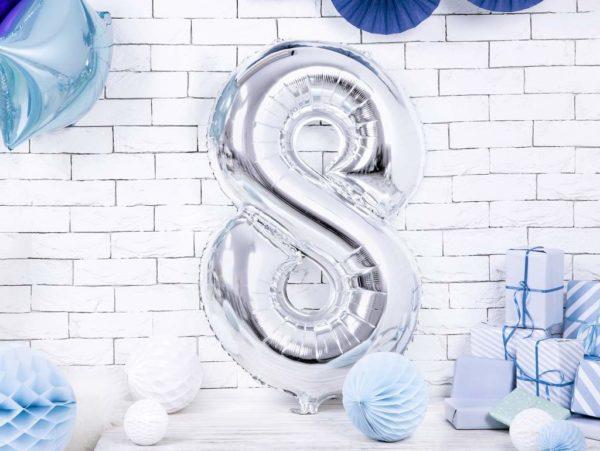balon cyfra foliowa 8, srebrny balon cyfra 8, dekoracje srebrne na imprezę, srebrne balony urodzinowe cyfry, 86 cm, balony na imprezy,
