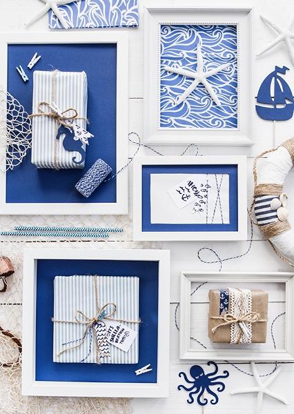 białe dekoracyjne klamerki