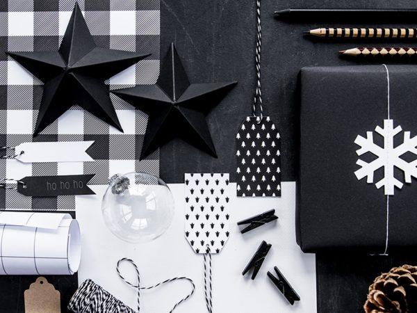 dekoracyjne zawieszki na prezenty świąteczne