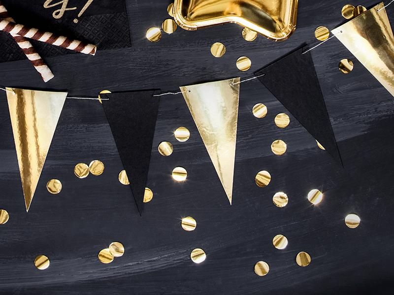 girlanda czarno-złota flagietki, girlanda trójkąty złote i czarne, dekoracje na przyjęcia, dodatki dekoracyjne na przyjęcia