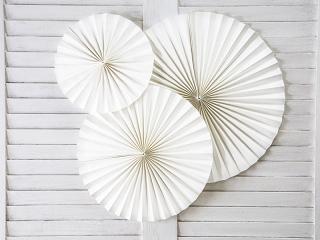 rozety papierowe złamana biel, dekoracje złamana biel