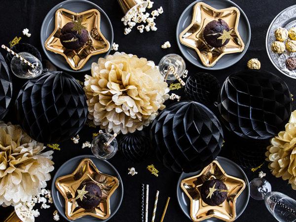 złote jednorazowe talerzyki gwiazdki, złote dekoracje, złota zastawa stołowa