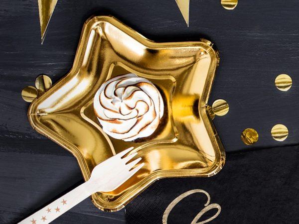 złote talerzyki gwiazdki, złote dekoracje na stół, złote dekoracje na przyjęcia