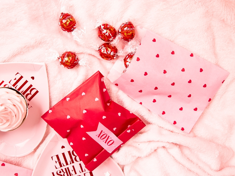 Torebki na słodycze Sweet Love, torebki na słodycze Sweet Love do candy-bar, dekoracje na walentynki, dekoracje na Walentynki Sweet Love, torebki upominkowe Walentynki