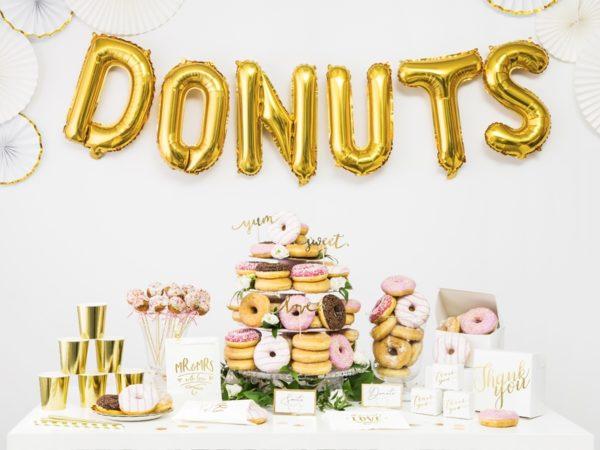 torebki na słodycze z candy-bar złote, torebki na słodycze MR&MRS złote, dekoracje weselne z serii MR&MRS, dekoracje candy-bar,