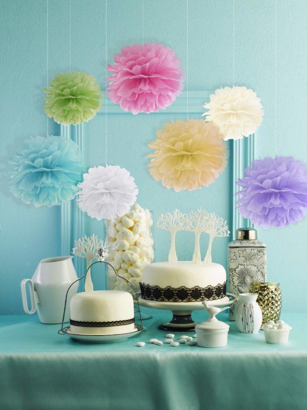 dekoracje wystaw sklepowych, kolorowe pompony papierowe, dekoracje sal, dekoracje candy-bar, dekoracje urodzinowe