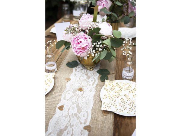 dekoracje z juty, jutowe dekoracje na stół