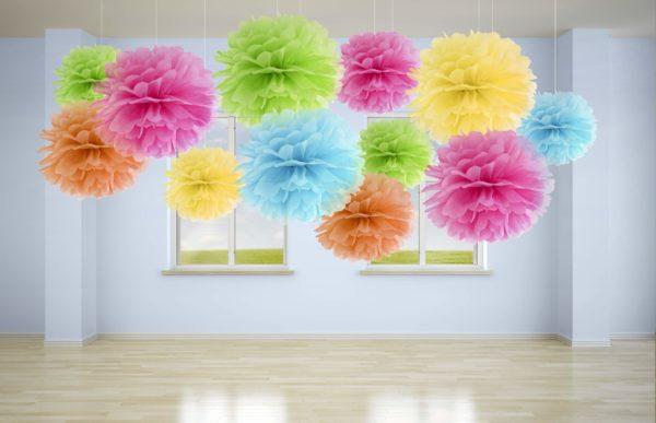 kolorowe pompony papierowe, dekoracje sal, dekoracje candy-bar, dekoracje wystaw sklepowych, dekoracje urodzinowe