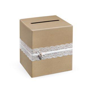 pudełko na telegramy z koronką i bukiecikiem róż