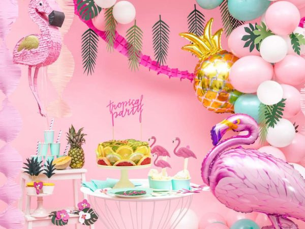 balon różowy flaming, balon złoty ananas, dekoracje na egzotyczne przyjęcia, dekoracje Hawaii, egzotyczne dekoracje na imprezy, dekoracje na tropikalną imprezę