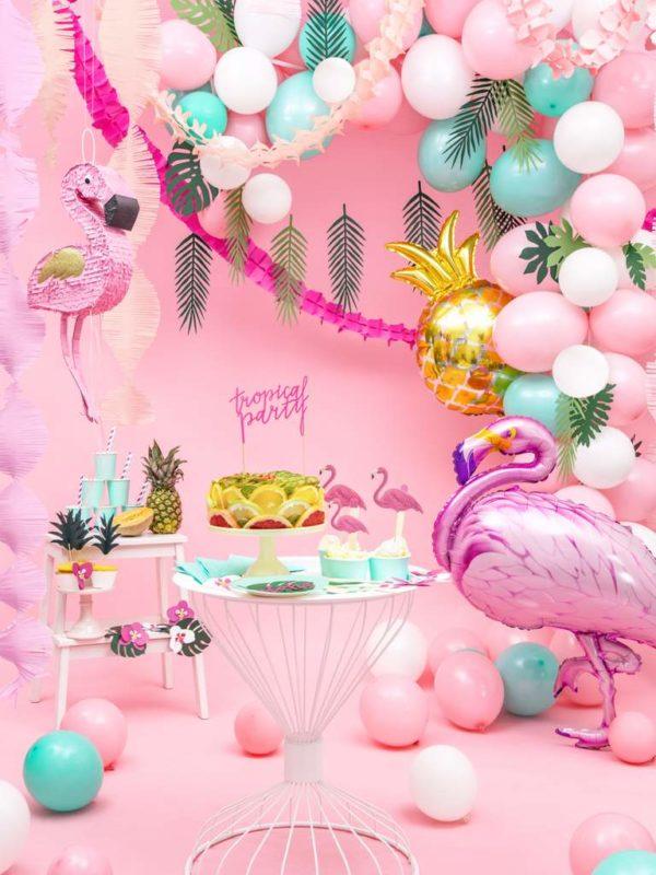 balon różowy flaming, balon złoty ananas, dekoracje na egzotyczne przyjęcia, egzotyczne dekoracje na imprezy, dekoracje na tropikalną imprezę
