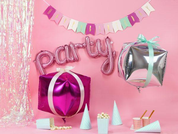 baner happy birthday różowy, pstelowy baner urodzinowy ,baner na urodziny dla dziewczynki, dekoracje urodzinowe, dekoracje na impreze