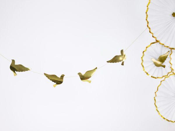 girlanda gołębie, dekoracje komunijne dekoracje na I Komunię, złote dekoracje na wesele, komunię, chrzest