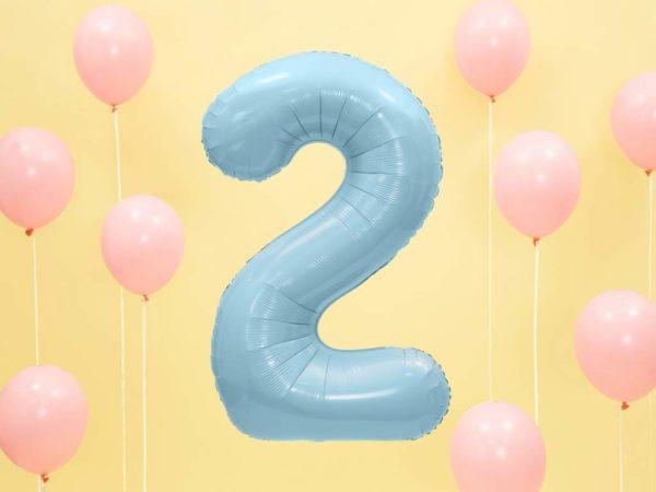 niebieski balon cyfra 2, dekoracje błękitne na imprezę, niebieskie i błękitne balony urodzinowe cyfry, balon cyfra foliowa 2, balony na imprezy, 86 cm,