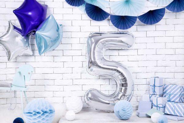 srebrny balon cyfra 5, srebrne balony urodzinowe cyfry, srebrne dekoracje na imprezę, balon cyfra foliowa 5, balony na imprezy, 86 cm,