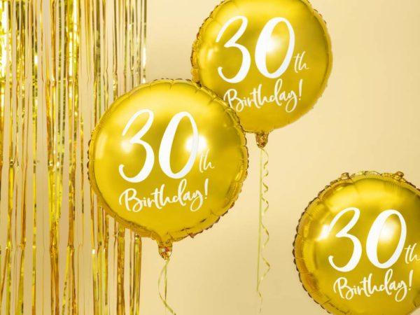 złoty balon foliowy okrągły z białą cyfrą 30, złote dekoracje na imprezę 30 stkę, dekoracje balonowe, balony urodzinowe, balony na 30stkę