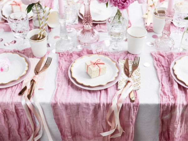 ozdobne talerzyki papierowe, talerzyki białe ze złotym brzegiem, talerze Glamour, dekoracje Candy Bar