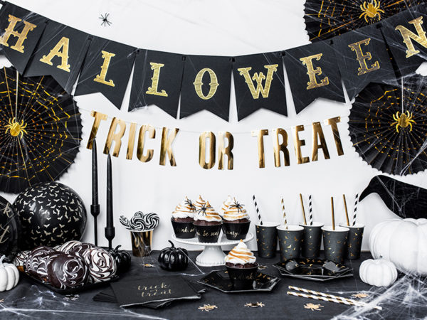 czarne balony w nietoperze, balony na halloween, dekoracje na halloween, czarny balon w złote nietoperze, dekoracje na przyjęcie halloween