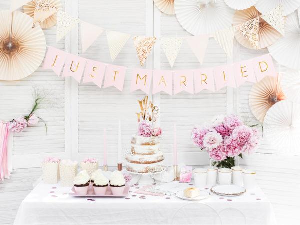 złoty topper na tort weselny, złote dekoracje na tort weselny, dekoracje na candy-bar