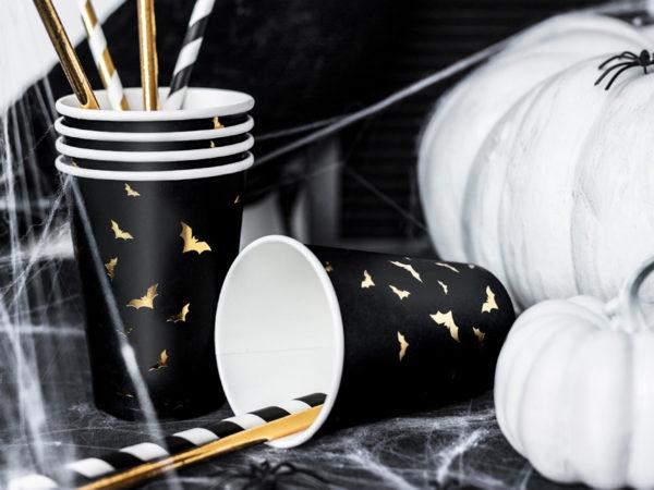 halloween drink cups, czarne kubeczki do napojów w złote nietoperze, kubeczki do napojów na halloween, kubeczki papierowe w nietoperze na halloween,