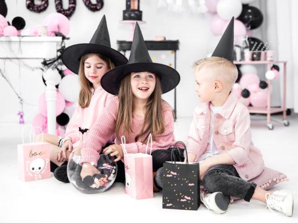 czarne czapeczki noworoczne, czarne czapeczki na imprezę, czarne czapeczki urodzinowe, czarne czapeczki na sylwestra, czapeczki imprezowe czarne