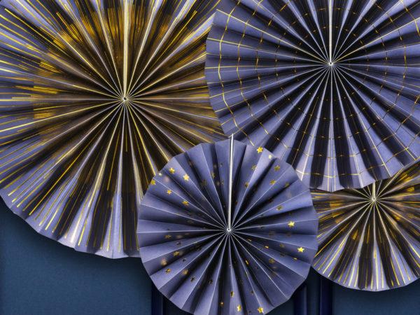 granatowo złote rozety papierowe, dekoracje sylwestrowe
