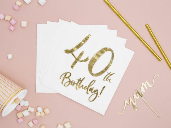 serwetki na 40 urodziny, białe serwetki ze złotym napisem 40th birthday, dekoracje na 40 urodziny, dekoracje na 40stkę, serwetki na 40stkę, serwetki urodzinowe