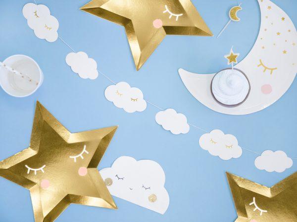 dekoracje na chrzest, girlanda urodzinowa chmurki, girlanda chmurki, girlanda biało-złote chmurki, biało-złote dekoracje na komunię, dekoacje urodzinowe,