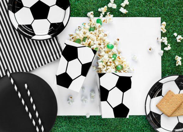 dekoracje na imprezę piłkarską, dekoracje urodzinowe piłka nożna, dekoracje imprezowe piłka nożna, dekoracje imprezowe dla piłkarza, dekoracje na imprezę futbolową,